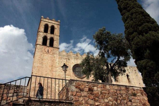 Palau Vescomtal S. XIV-XV- Església Parroquial (3)-min
