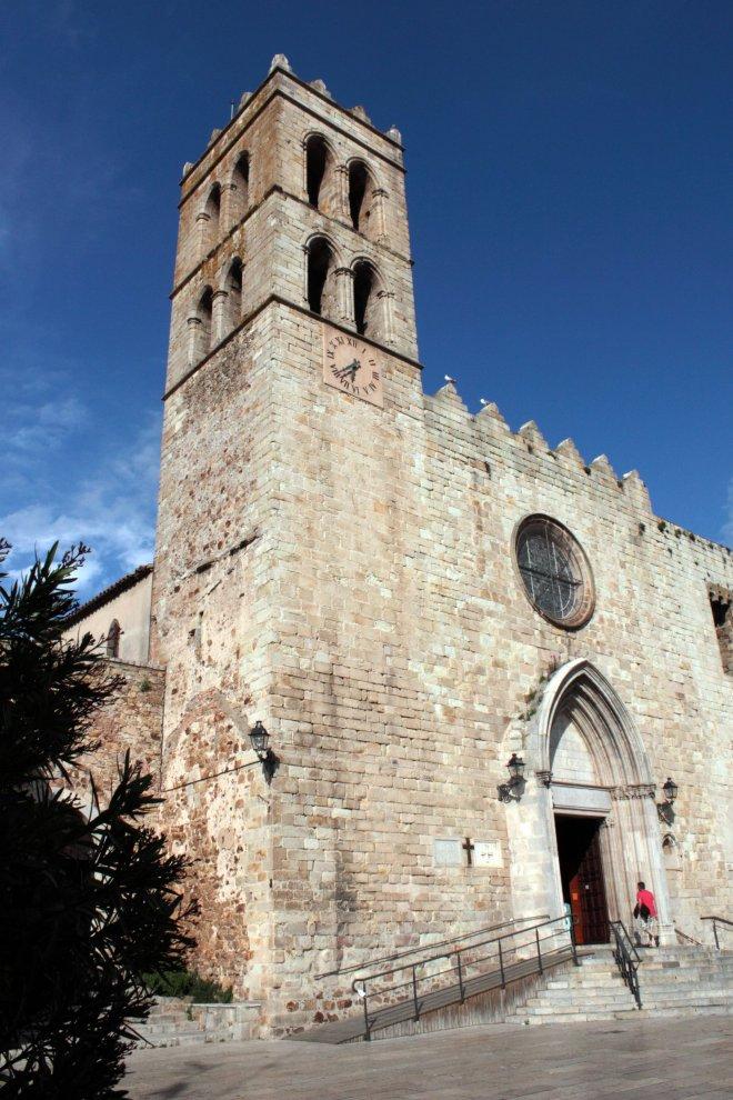 Palau Vescomtal S. XIV-XV- Església Parroquial (9)-min