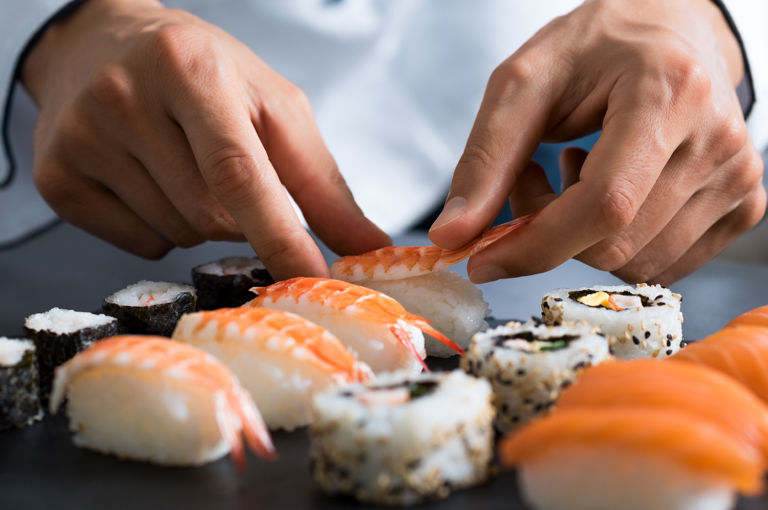 Taller-dinar fem sushi per a principiants
